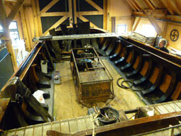 refurbishing old fishing boats by using Harpuis
